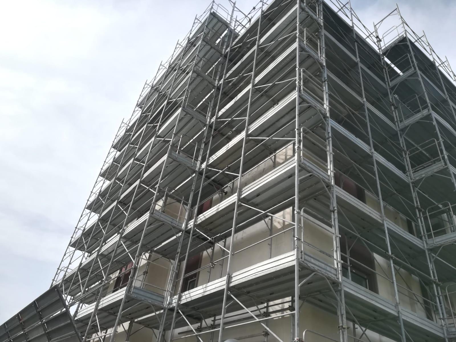 manutenzione-condomini-restauri-civili-indistriali-latina-impalcature