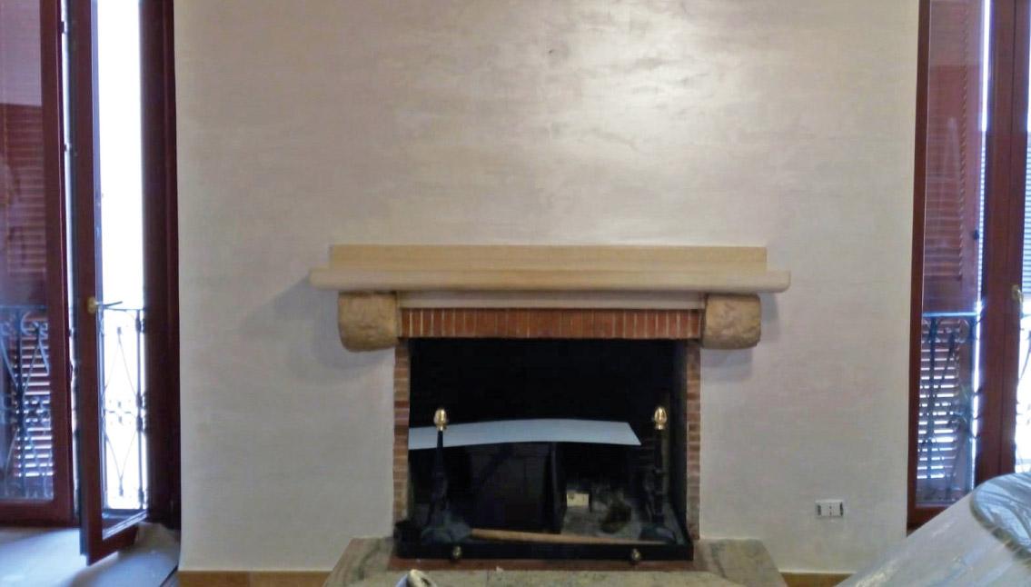 pitture-decorative-ristrutturazioni-edili-latina-caminetto-spugnature-beige