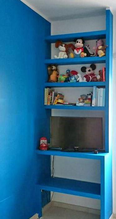 pitture-decorative-ristrutturazioni-edili-latina-libreria-blu-ripiani