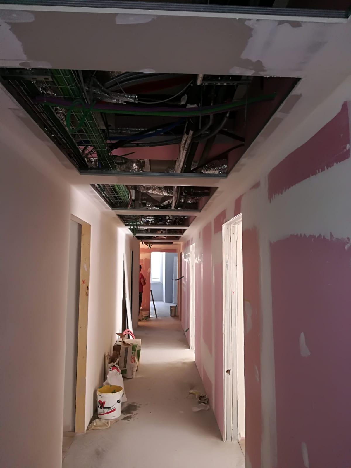 restauri-civili-industriali-edilizi-latina-corridoio-appartamento