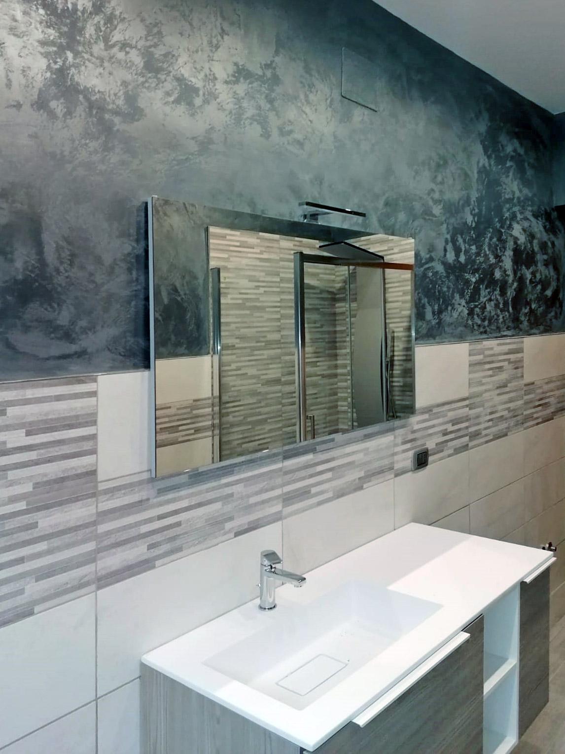 ristrutturazione-bagni-latina-edil-leggeri-specchio-lavandino